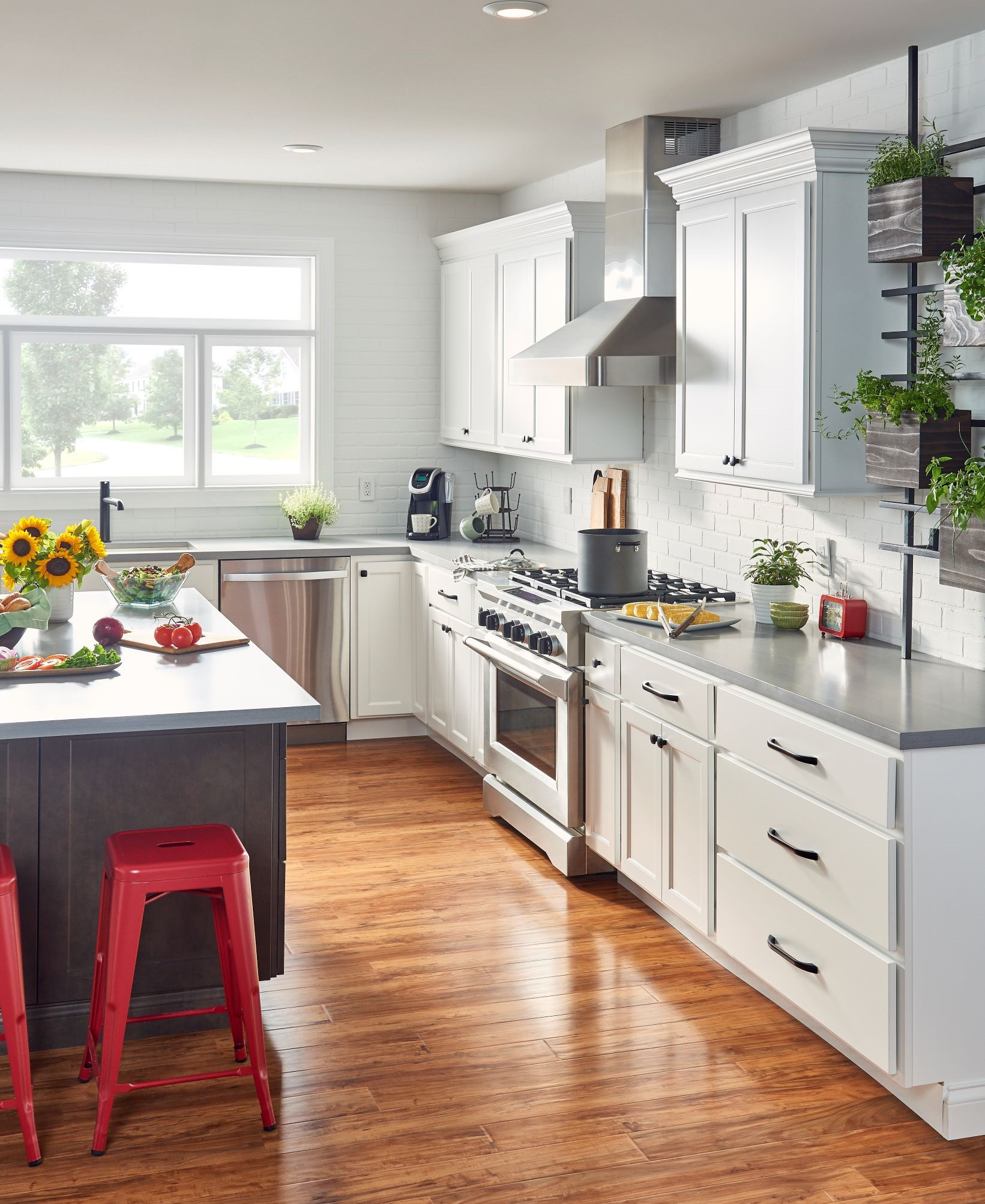 Quick Kitchen Cabinets Assembled Kitchen Cabinets Quick Ship Kitchens